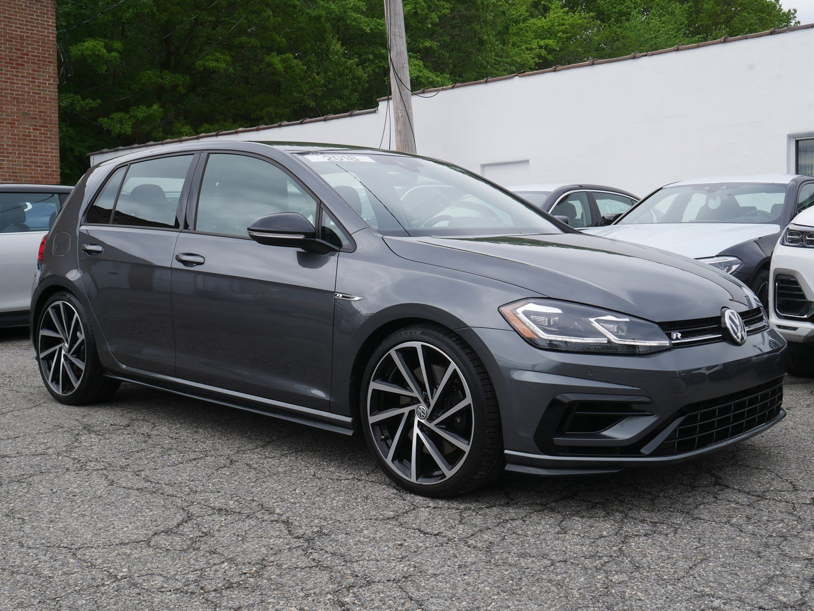 Pre-Owned 2018 Volkswagen Golf R 2.0T Manual w/DCC/Nav