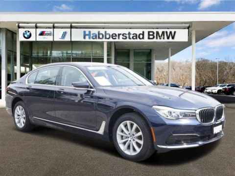 Pre-Owned 2019 BMW 7 Series 740i xDrive Sedan