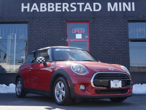 Pre-Owned 2016 MINI Cooper Hardtop 2dr HB