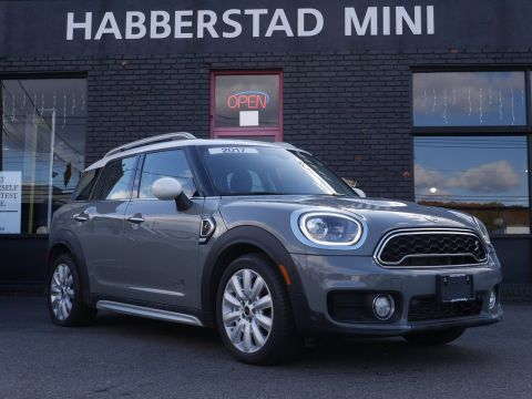 Pre-Owned 2017 MINI Countryman Cooper S ALL4